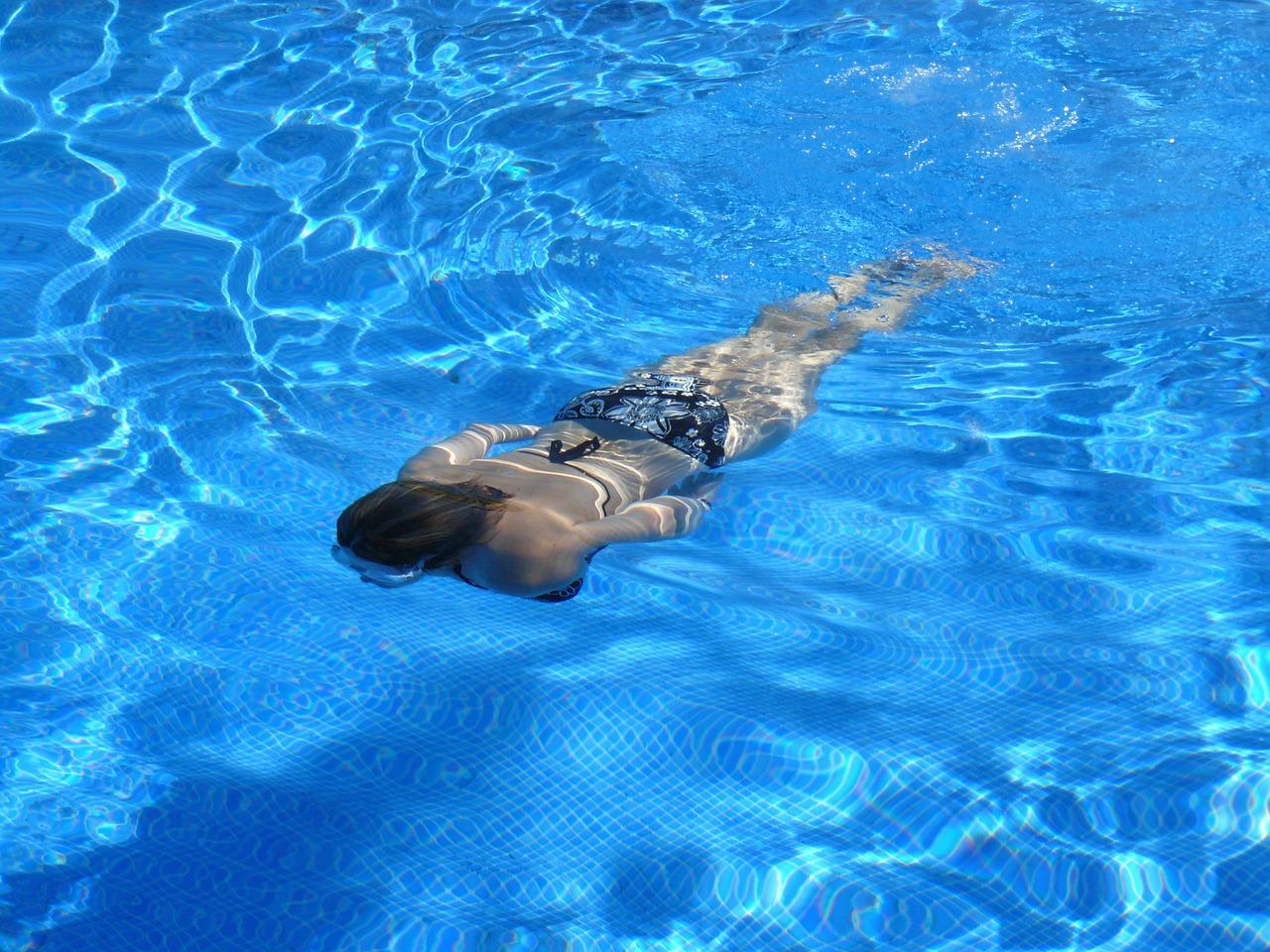 Czysty basen. Roleta basenowa Ostrołęka
