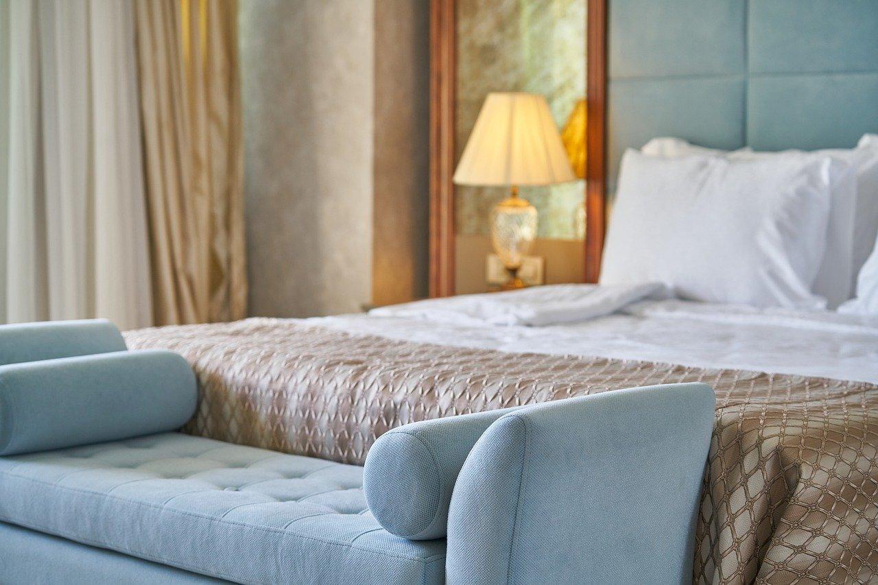 Jak zaoszczędzić miejsce w sypialni?